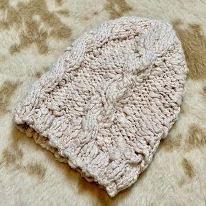 L.O.G.G. Knit beanie